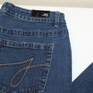 Jag Super Stretchy Women size 12 Jeans Dark wash